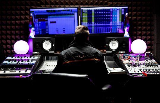 5 znakov amatérskeho/DEMO mixu